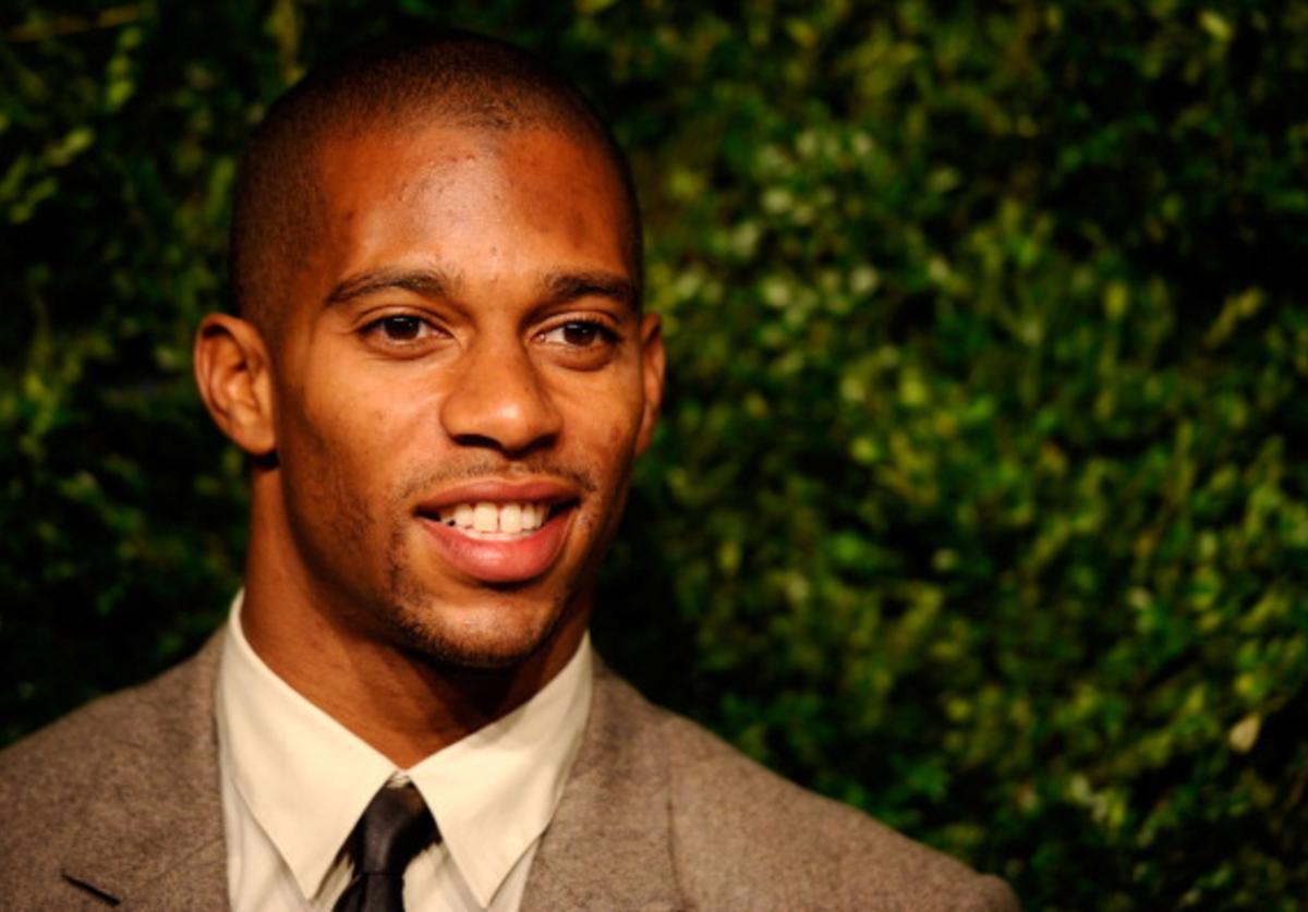 NFL player Victor Cruz attends The Ninth Annual CFDA/Vogue Fashion Fund Awards at 548 West 22nd Street on November 13, 2012 in New York City.