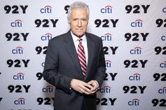 """Alex Trebek Cried Through Excruciating Pain From Cancer Diagnosis On """"Jeopardy!"""" Set"""
