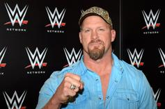 Stone Cold, Hulk Hogan & More Announced For WWE Raw Reunion Special