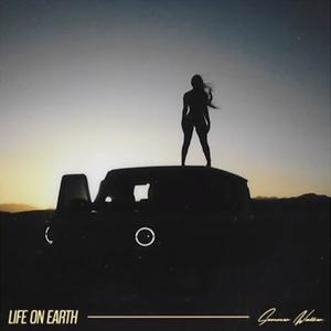 "Summer Walker Delivers 5-Track ""Life On Earth EP"" Ft. PartyNextDoor & NO1-NOAH"