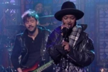 "Lauryn Hill Covers The Beatles' ""Something"" On Letterman"