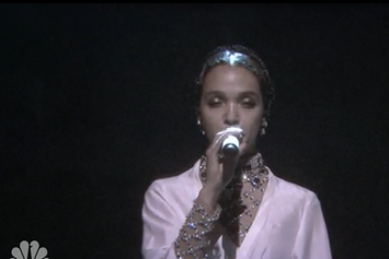 "FKA Twigs Performs ""Good To Love"" On Jimmy Fallon"