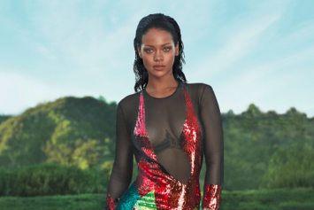 """Rihanna Speaks On """"Rivalry"""" With Beyonce In Vogue Cover Story"""