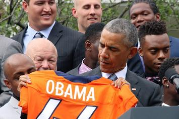 """President Obama Welcomes The Broncos To The White House By Yelling """"OMAHA!"""""""