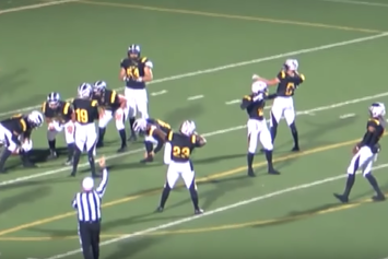 High School Football Team Pulls Off Mannequin Challenge During Semifinal Game