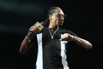 """Snoop Dogg Says He Got A Pirated Copy Of Jay-Z's """"4:44"""""""