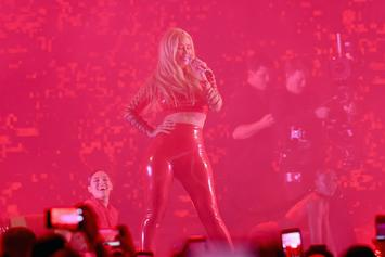 Iggy Azalea Shows Off Her Figure During Concert In Budapest