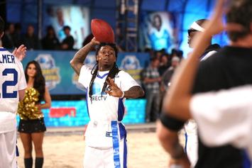 """Lil Wayne Performs """"Friends"""" Theme Song: NFL Edition"""