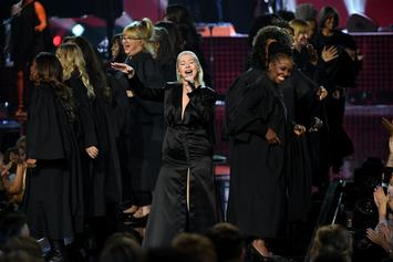 Twitter Reacts To Christina Aguilera's AMA Tribute to Whitney Houston