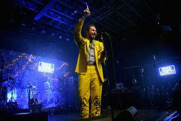 """Post Malone's """"Beerbongs & Bentleys"""" On Pace To Score Year's Biggest Debut"""
