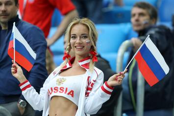 """Russia's """"Hottest World Cup Fan"""" Denies Report That She's A Porn Star"""
