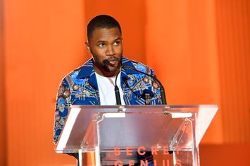 """Frank Ocean's Mother Receives His Platinum Plaque For """"Blond"""""""