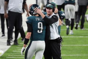 Carson Wentz Begins 11-11 Scrimmages Right As Nick Foles Succumbs To Injury