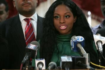 "Foxy Brown Responds To NYFW Debacle: ""We Were Handed A Handwritten, Undated, Check"""
