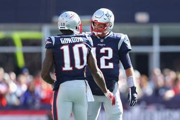 Tom Brady Hits 500 TD Milestone With Pass To Josh Gordon