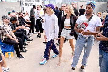 "Justin Bieber Kicks It In The Hood As Beloved ""White Boy"" After His Car Breaks Down"