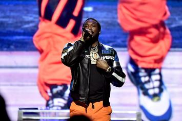 "Meek Mill Freestyles To ""Back To Back"" & Makes Funk Flex Apologize To Drake"