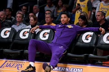 Dwyane Wade Gifts Josh Hart Game-Worn Shoes With Personal Message