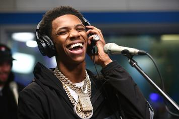 """A Boogie Wit Da Hoodie Rings In """"Hoodie SZN"""" With BARS"""