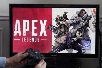 """Apex Legends"" Is Quickly Overtaking ""Fortnite"" As The Next Big Hype"