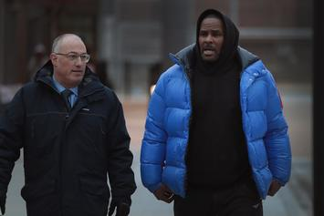 """R. Kelly's Bail Was Paid By Woman Who Calls Herself His """"Good Friend"""""""