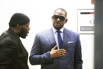 """R. Kelly Reportedly Gives """"Zero F****s"""" What The Public Thinks Of Him"""