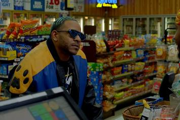 "Eric Bellinger Enjoys That ""Apple Berry Nana"" In Sensual Visual"