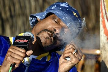 Snoop Dogg Pisses Off British Twitter Users For Paul Gascoigne Photo