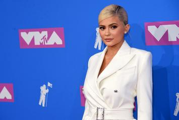 """Kylie Jenner Shares Sweet Throwback To Pregnancy: """"Women Really Are Amazing"""""""