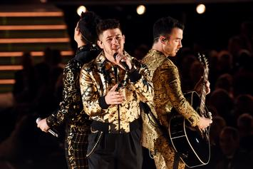 Nick Jonas Performed At The Grammys With Food Stuck In His Teeth
