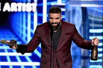 Drake Offers Fans A Ride On His Plane