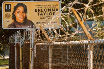 """Breonna Taylor Grand Jurors Say Police's Actions Were """"Criminal"""" & """"Negligent"""""""