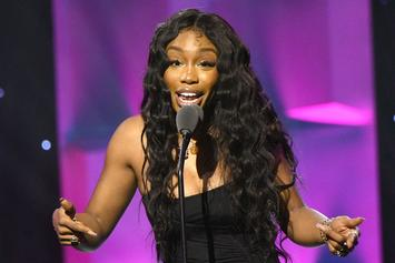 SZA Reveals Her Nudes In End Of Year Photo Dump