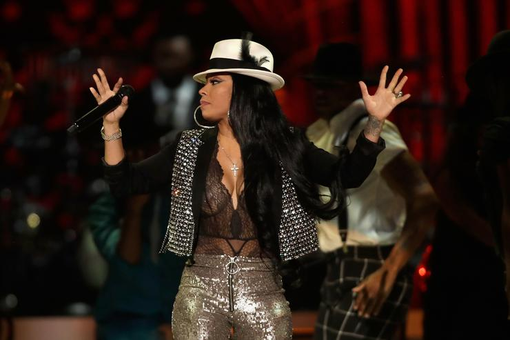 Keyshia Cole performs onstage at the 2017 Soul Train Awards