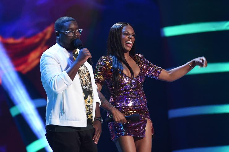 Lil Rey Howery (L) and Jess Hilarious speak onstage during FOX's Teen Choice Awards
